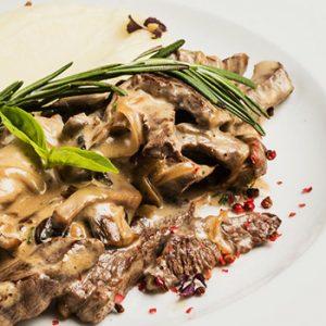 Cara Membuat Bistik Daging Sapi Empuk